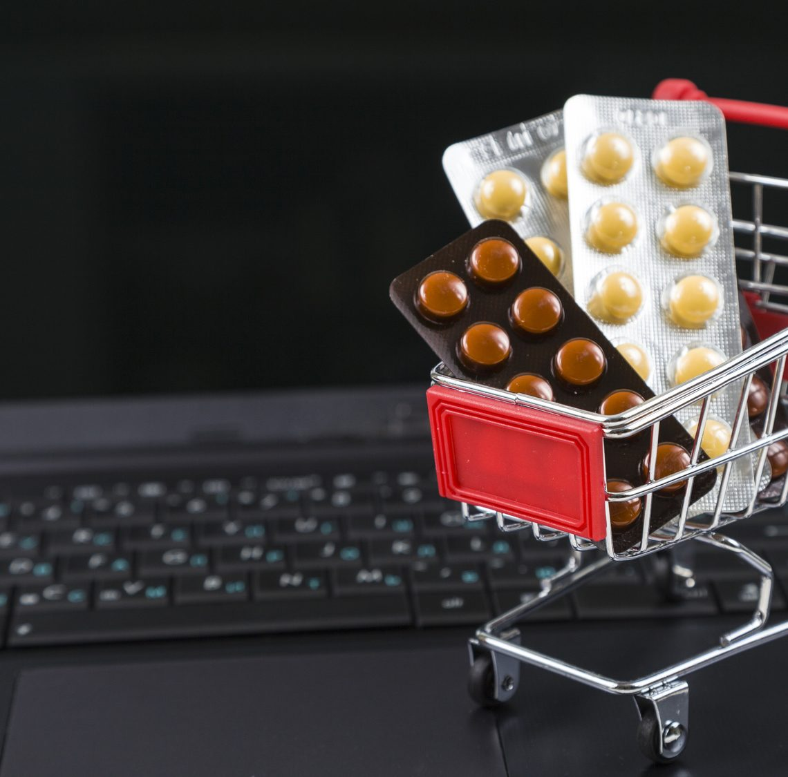 come-riconoscere-farmaci-contraffatti-online-1