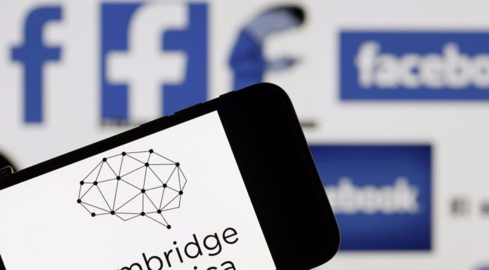 Datagate, Facebook e Cambridge Analytica ci rimette la pelle.