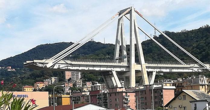 Ponte Morandi: Bisogna sospendere le bollette della telefonia e pay tv.