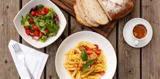 Pausa pranzo, Customer Care Service: un terzo dei lavoratori sceglie il fai da te