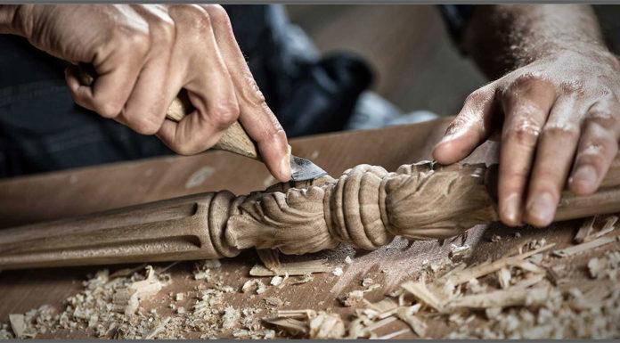 Mestieri artigiani sotto il segno del cambiamento: boom di tatuatori e giardinieri, sempre meno elettricisti.