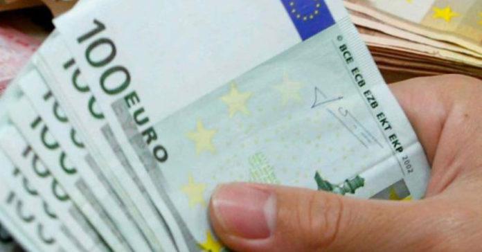 Abi, Rapporto mensile: +2,2% per i prestiti a famiglie.
