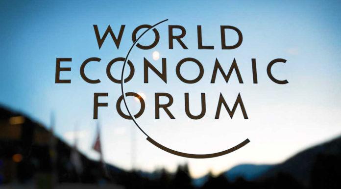 """Davos, Movimento Consumatori: """"Metter fine a privilegi delle multinazionali""""."""